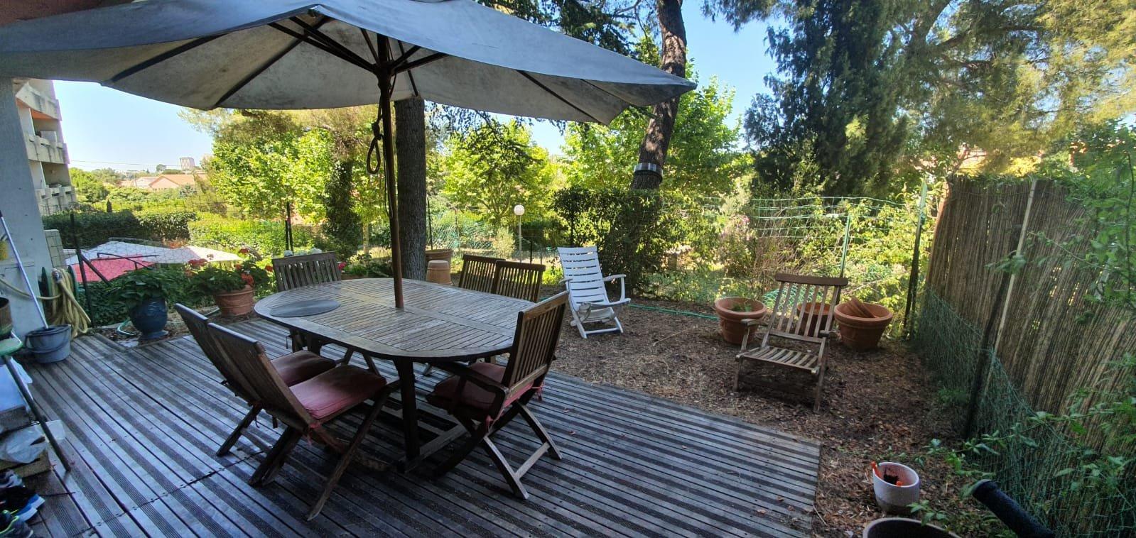 vente Marseille Saint Julien Superbe T3 duplex et jardin suspendu 50 m²